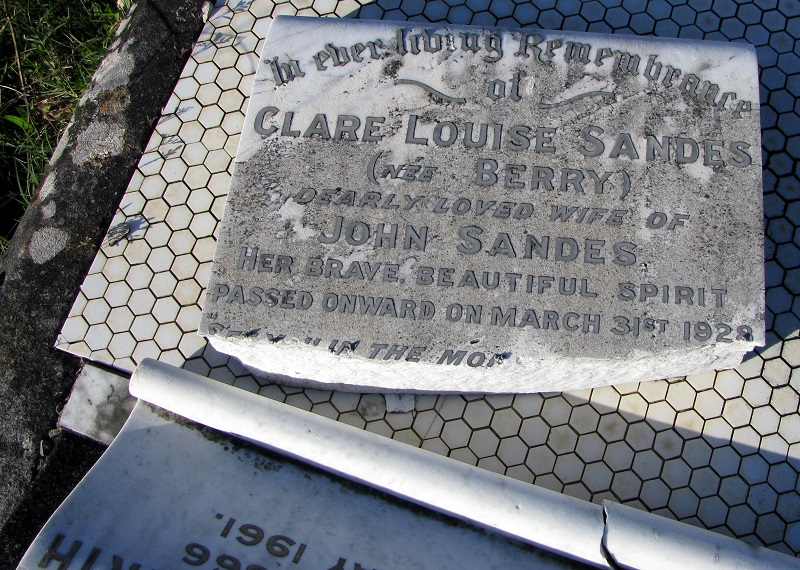 Headstone of John Sandes and Clare Louise Berry